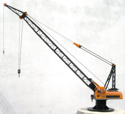 Fully Functional R/C Crane Model
